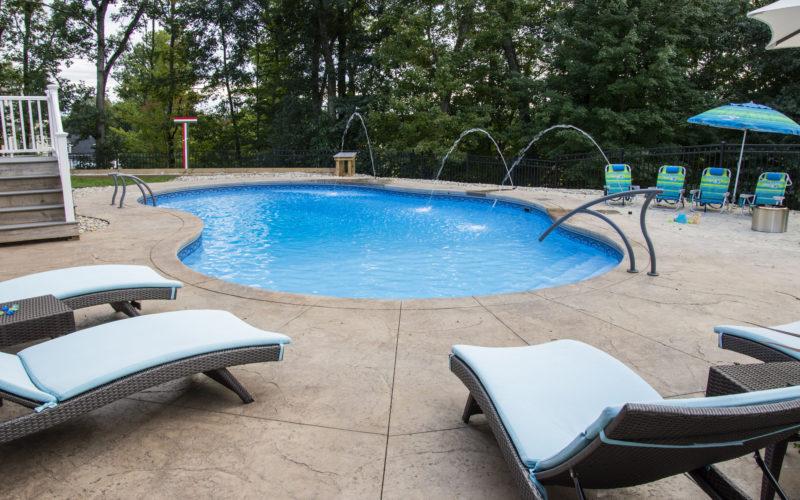 12D Mountian Pond Inground Pool - Ellington, CT