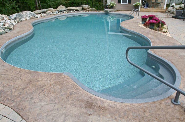 21D Mountain Pond Inground Pool - Beltchertown, MA