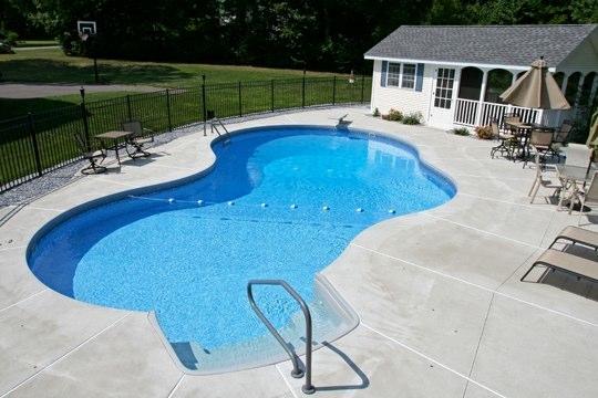 30B Mountain Pond Inground Pool - Tolland, CT
