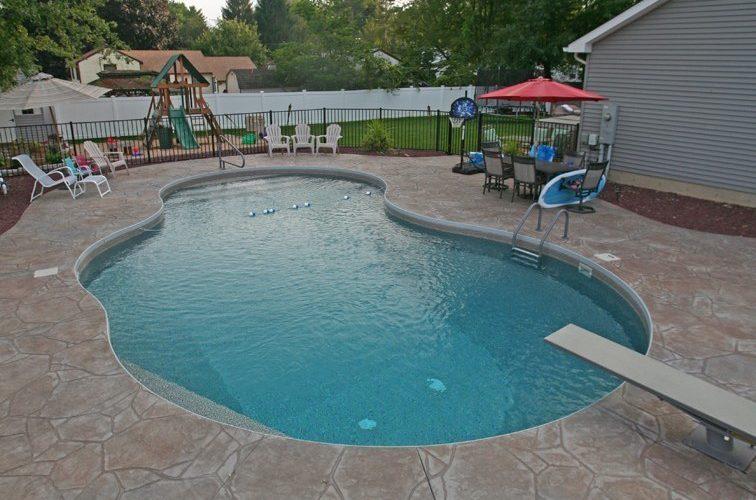 35C Mountain Pond Inground Pool - Windsor Locks, CT