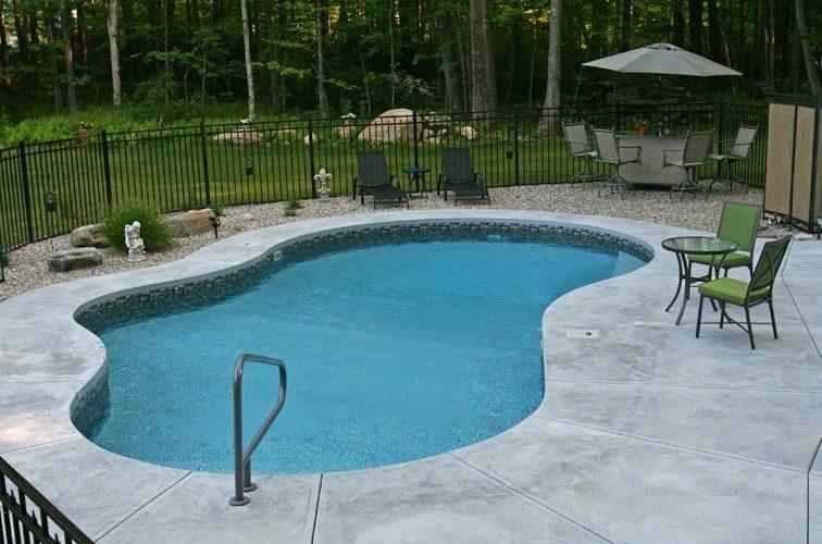 38C Mountain Pond Inground Pool - Woodstock, CT