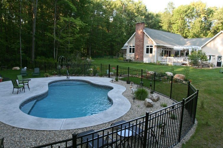 38D Mountain Pond Inground Pool - Woodstock, CT