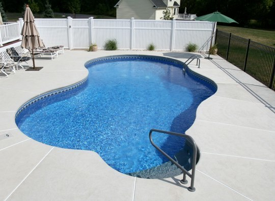 44A Mountain Pond Inground Pool - Ellington, CT
