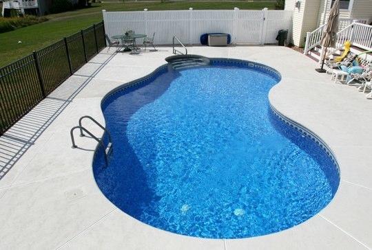 44C Mountain Pond Inground Pool - Ellington, CT