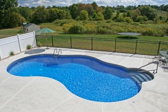 44D Mountain Pond Inground Pool - Ellington, CT