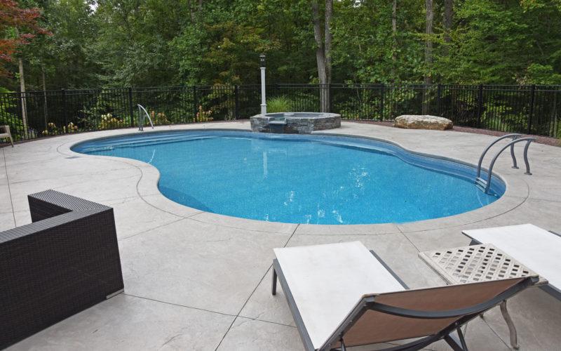 6C Mountian Pond Inground Pool - Farmington, CT