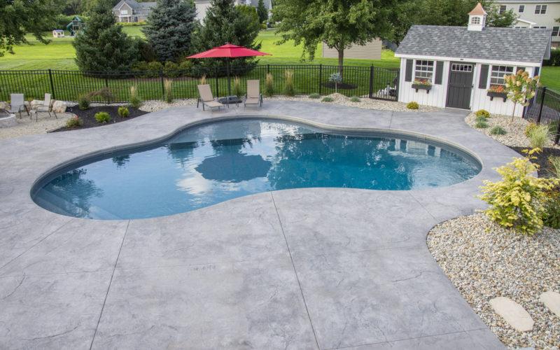 9D Mountain Pond Inground Pool - Ellington, CT